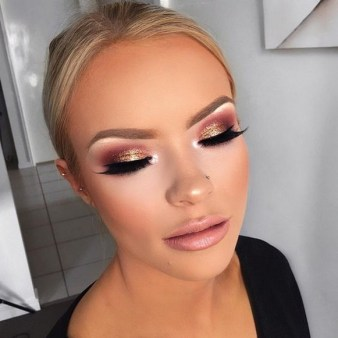 50 Shimmering Eye Makeup for Party Ideas 46
