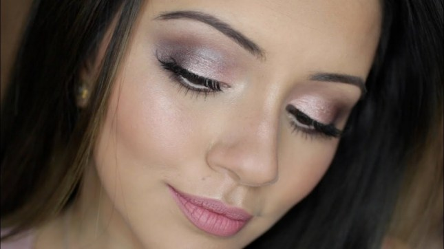 50 Shimmering Eye Makeup for Party Ideas 50