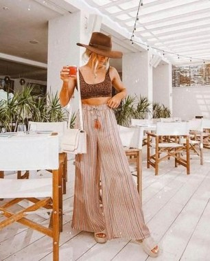 50 Ways to Protect Your Skin From The Sun With Stylish Hats 11