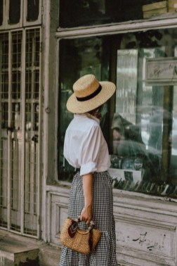 50 Ways to Protect Your Skin From The Sun With Stylish Hats 28