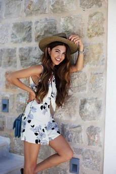 50 Ways to Protect Your Skin From The Sun With Stylish Hats 38