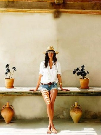 50 Ways to Protect Your Skin From The Sun With Stylish Hats 41