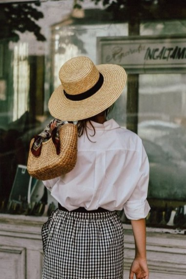 50 Ways to Protect Your Skin From The Sun With Stylish Hats 42