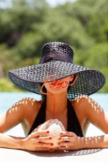 50 Ways to Protect Your Skin From The Sun With Stylish Hats 47