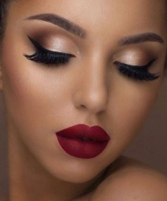 60 Lovely Makeup For Valentines Day Look Ideas 27