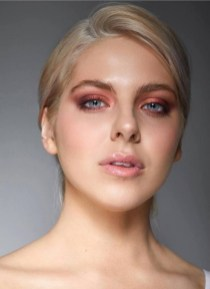 60 Lovely Makeup For Valentines Day Look Ideas 32