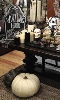 60 Nice Home Decor to Make Your House Stand Out This Halloween 25