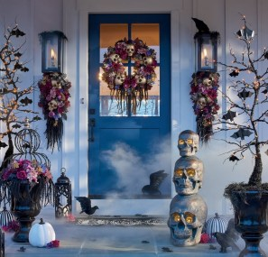 60 Nice Home Decor to Make Your House Stand Out This Halloween 34