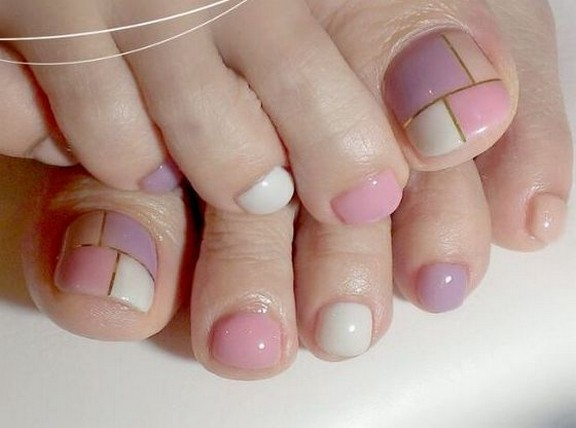 50 Ideas lovely Pink Toe Nail Art for Valentines Day 17