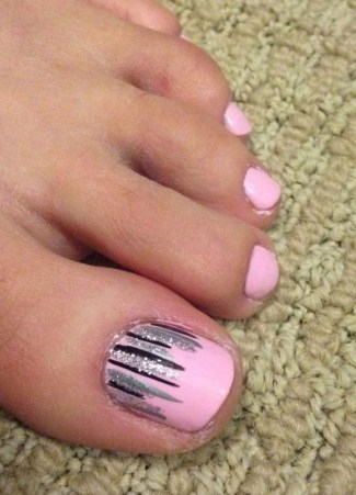 50 Ideas lovely Pink Toe Nail Art for Valentines Day 24