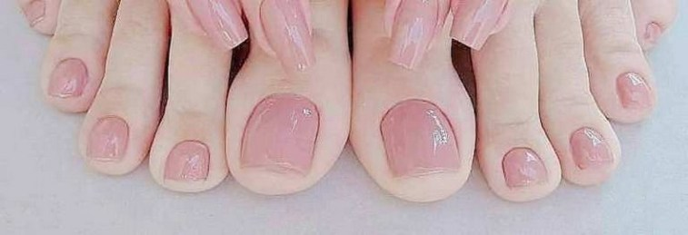 50 Ideas lovely Pink Toe Nail Art for Valentines Day 52