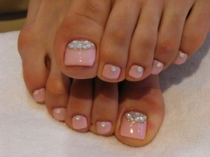 50 Ideas lovely Pink Toe Nail Art for Valentines Day 61