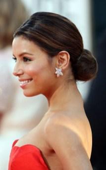 50 Stunning Classy Clean Bun Hairstyles Ideas 10