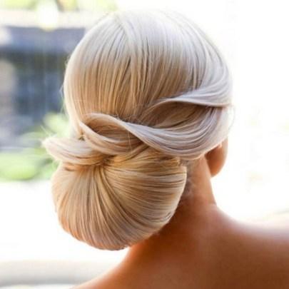 50 Stunning Classy Clean Bun Hairstyles Ideas 39