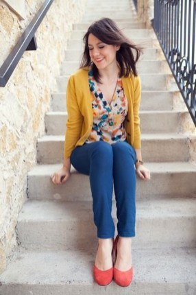 60 Stylish Cardigan Outfit Inspiration for Work 06