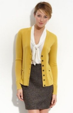 60 Stylish Cardigan Outfit Inspiration for Work 08