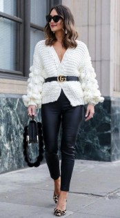 60 Stylish Cardigan Outfit Inspiration for Work 10