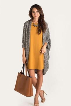 60 Stylish Cardigan Outfit Inspiration for Work 21