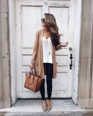 60 Stylish Cardigan Outfit Inspiration for Work 54