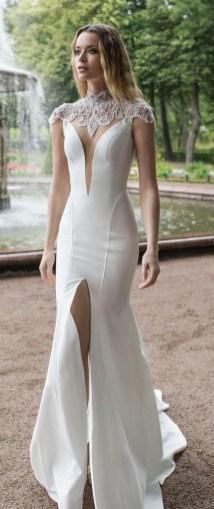 60 Victorian Styles Neckline for Wedding Dress Ideas 32