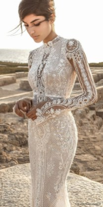 60 Victorian Styles Neckline for Wedding Dress Ideas 38