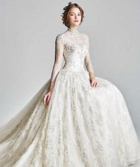 60 Victorian Styles Neckline for Wedding Dress Ideas 51