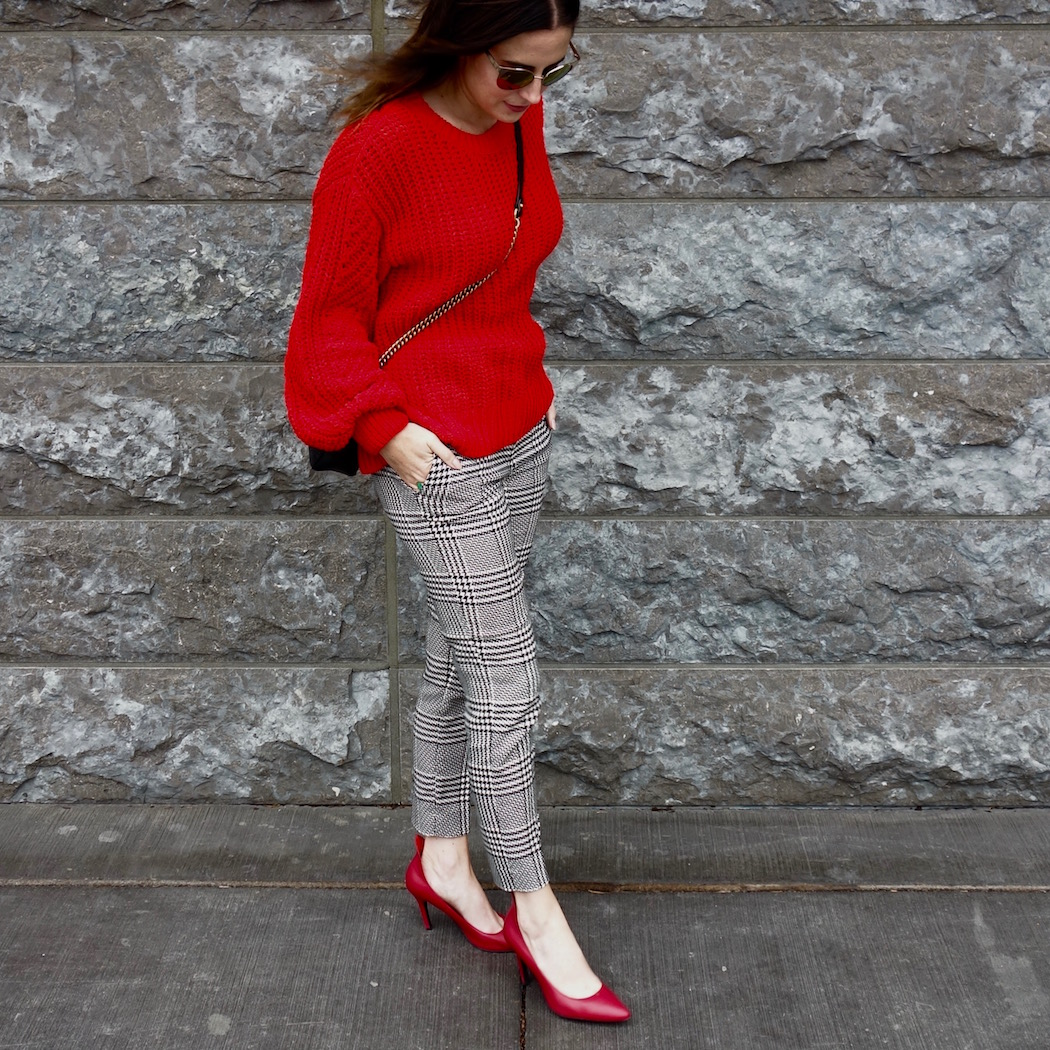 red-pumps-checked-pants-h&m-fall-style