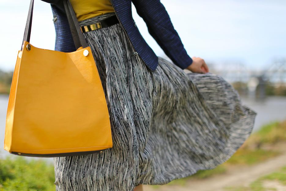 mustard bag