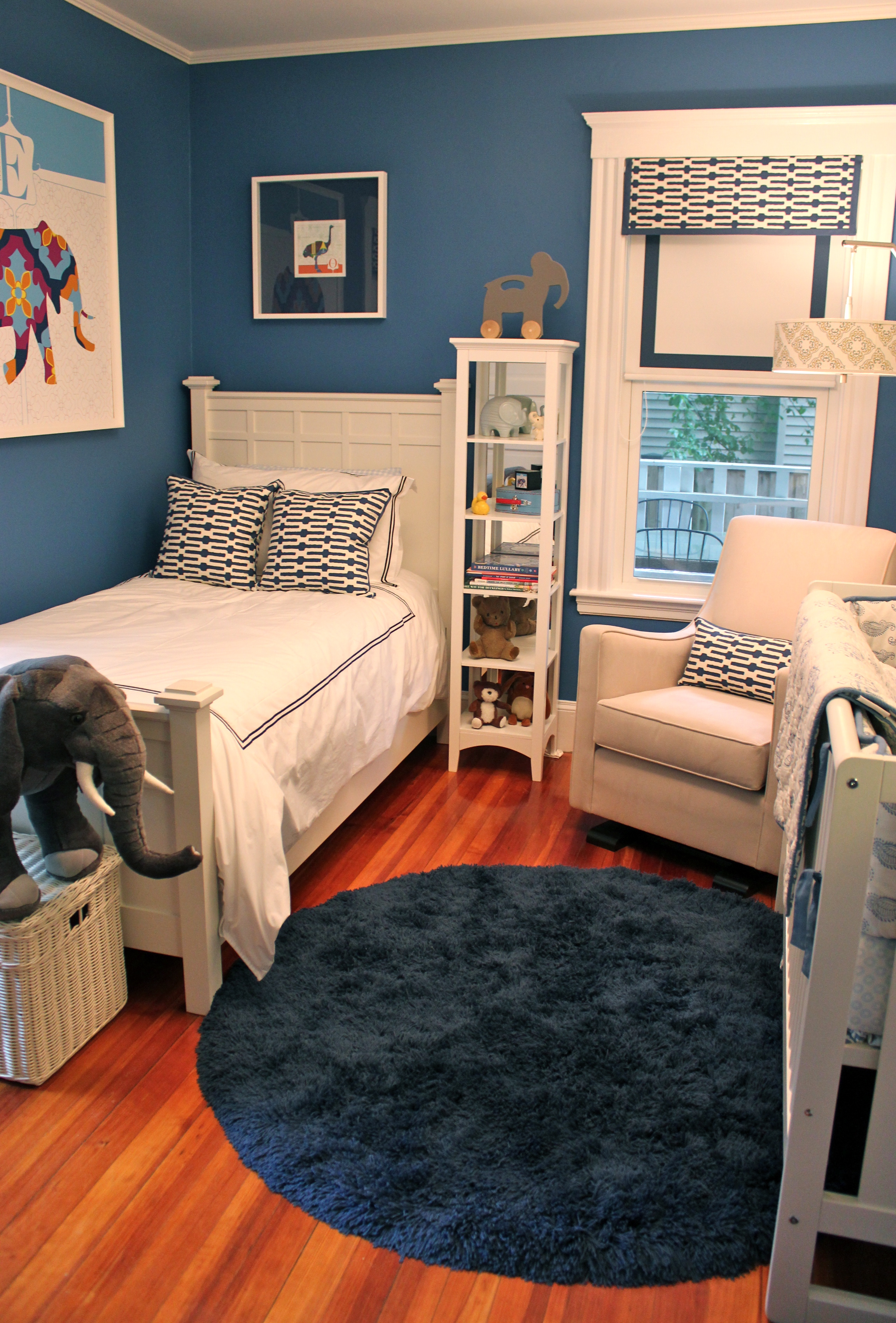 A Room for Bebe | Style Girl on Teen Small Bedroom Ideas  id=60350
