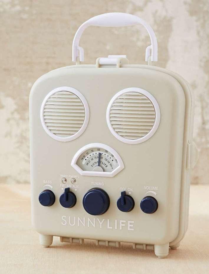 beach speakers, portable, waterproof, bluetooth, speaker, radio