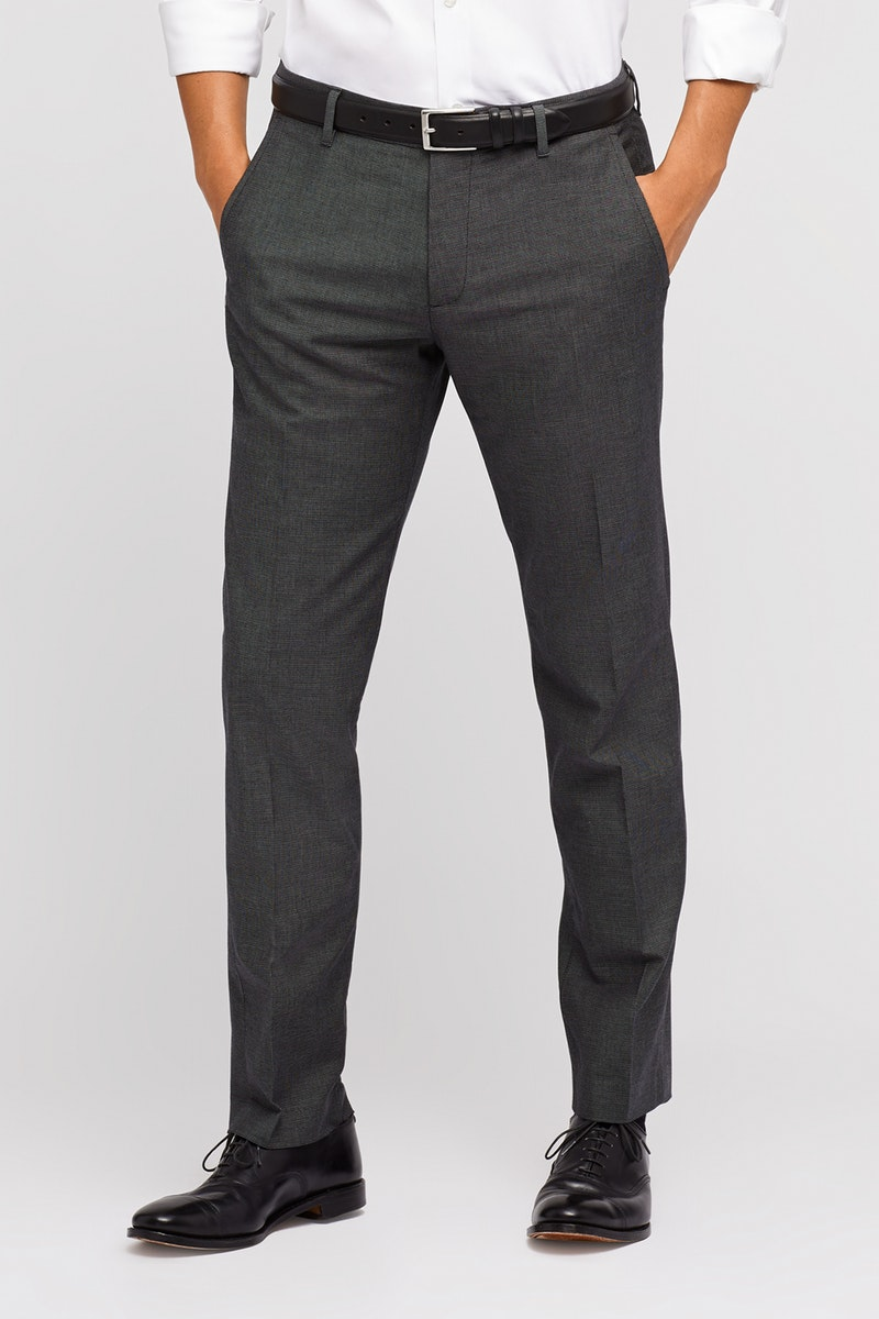 Shopping Tips for Guys Buying Pants for Athletic Legs