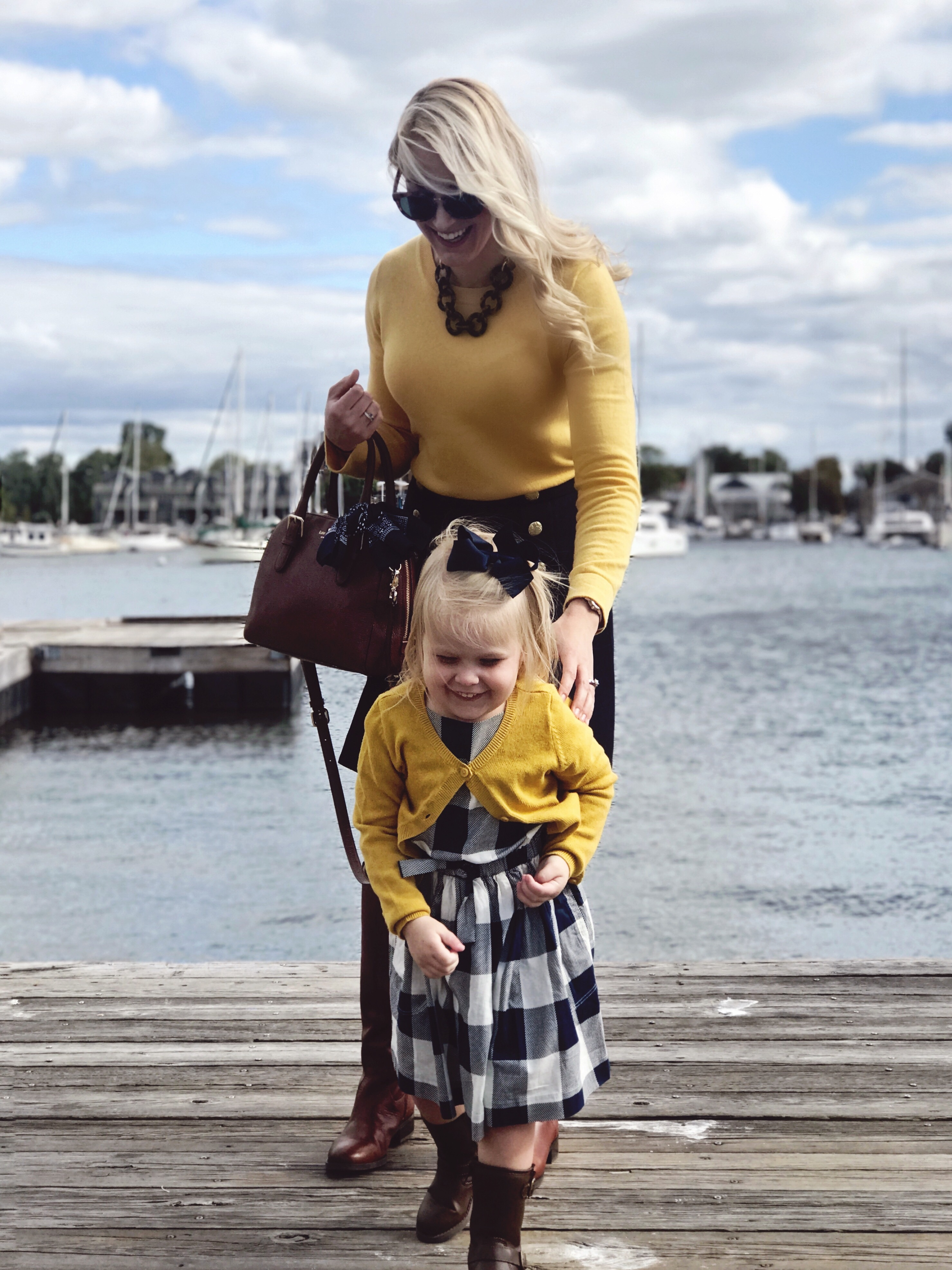 The best places to shop to find mommy and me outfits and looks. How I find my mommy and me outfits.