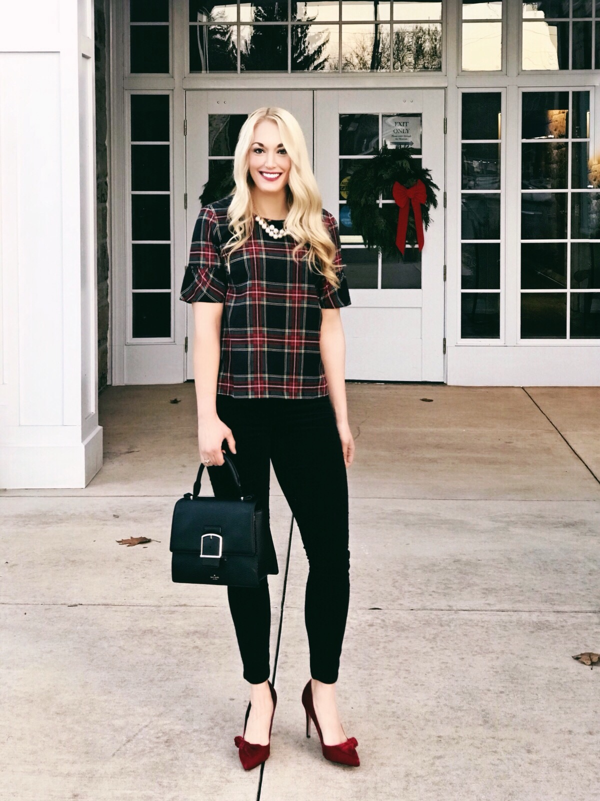 f4ac6acdf42 Something I have been trying to work on in my own wardrobe is finding  pieces that can transition from casual to dressier (think business casual  or a night ...