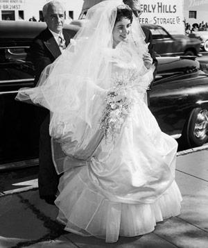 wedding-dress-3_300