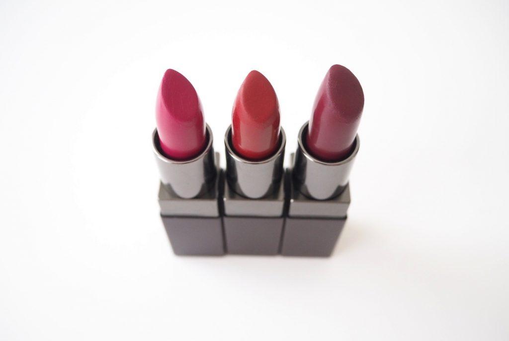 Laura_mercier_velour_lovers_lipstick_review_swatches