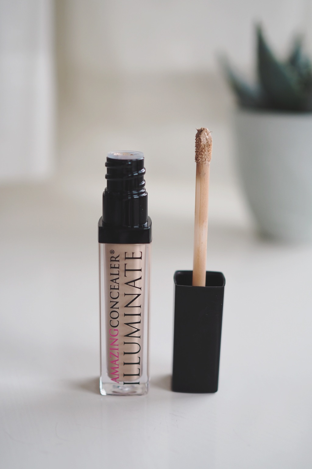TOP 5 HIGH COVERAGE / LONG WEAR / CREAMY CONCEALERS