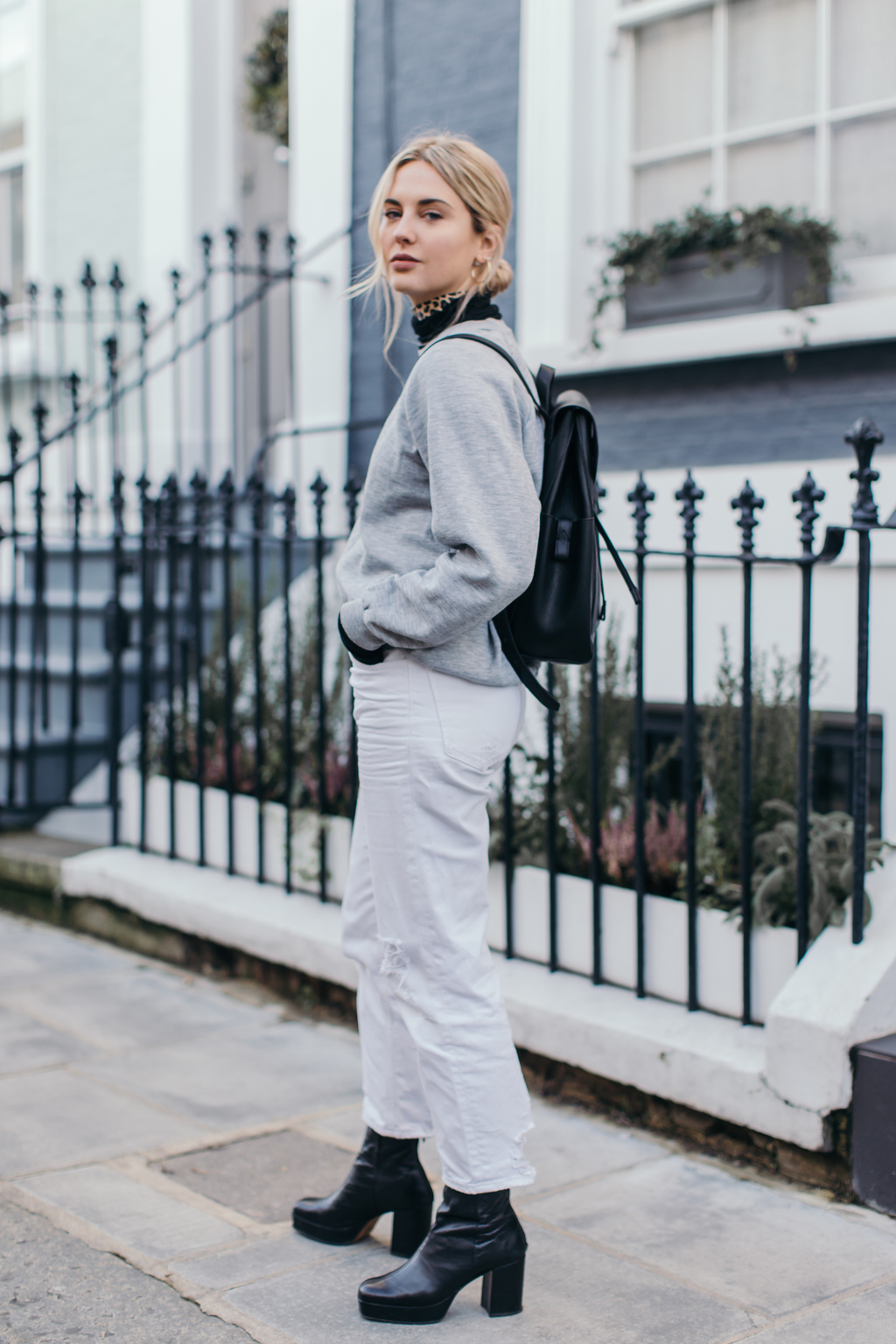 90's REMINISCING + NORMCORE IN NOTTING HILL