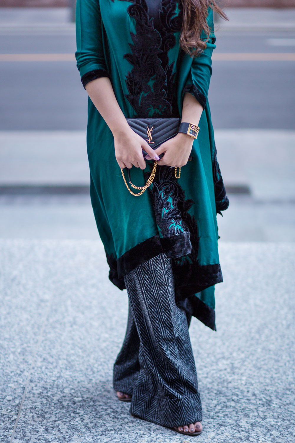 green-cape-allena-fareena-pakistani-fusion-eastern-western-wide-leg-pants-zara-ysl-black-7