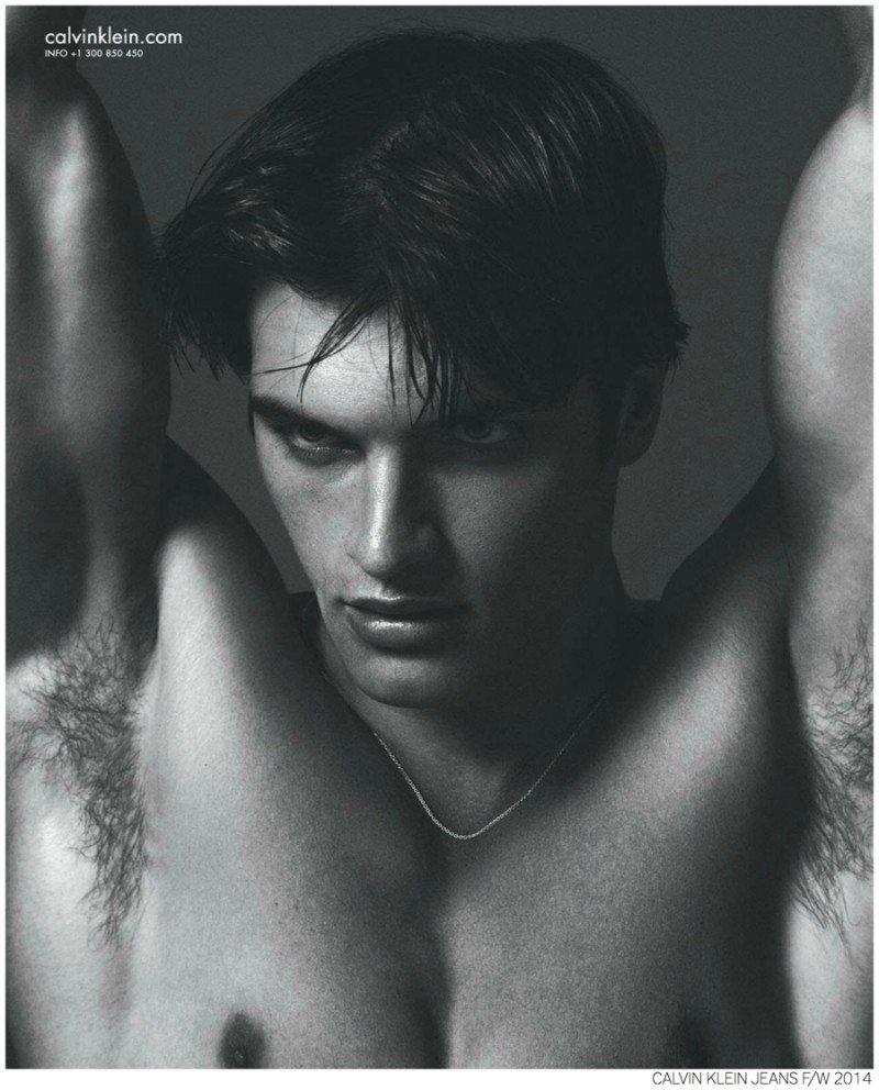 Matthew-Terry-Calvin-Klein-Jeans-Fall-2014-Campaign-Photo-002-800x992
