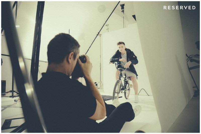 Brooklyn-Beckham-Behind-the-Scenes-Reserved-2015-Campaign-004-800x533