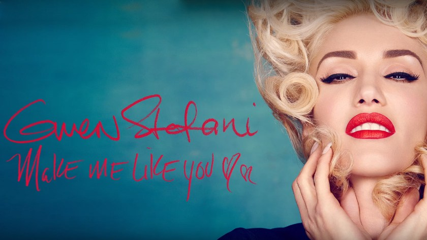 GWEN STEFANI DOES LIVE MUSIC VIDEO IN