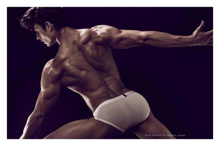 Eian-Scully-by-Daniel-Jaems-Obsession-No17-019-1500x1000