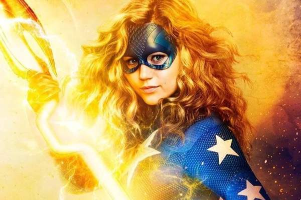 DC'S STARGIRL PREMIERES EXCLUSIVELY ON WARNER TV THIS JUNE 10