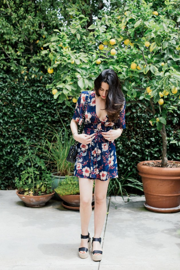 Blogger Style notes by belen wears reformation dress with valentino bag 1