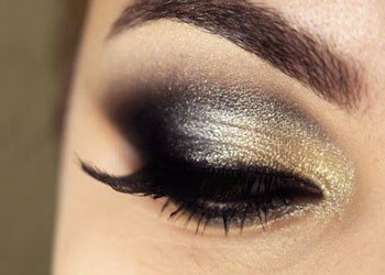 How To Use a Eyeshadow As a Highlighter?