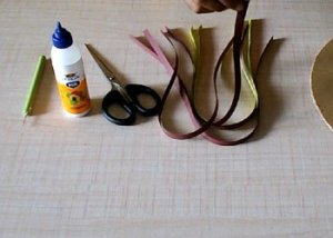 Wall-decor-using-quilling