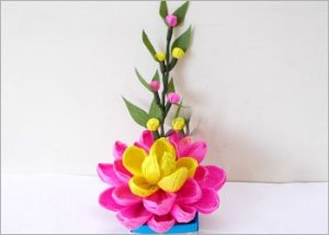Quick-crepe-paper-flower-bouquet