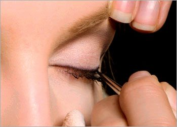 Liquid-eyeliner-for-beginners