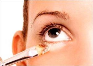 Under-eye-concealer