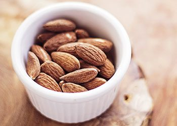 Almonds-home-remedies-for-wrinkles-on-face